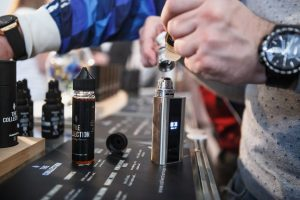 Specialist fill mech mod vaping devices with e-liquid on sale at Vape Expo event.Buy new electronic cigarette vaporizer for smoking ejuice liquid.Ecig gadget for smokers